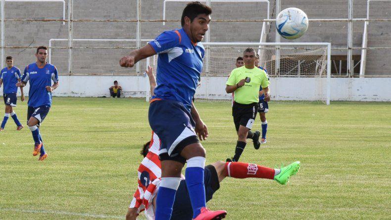 Yair Córdoba será uno de los delanteros en la CAI