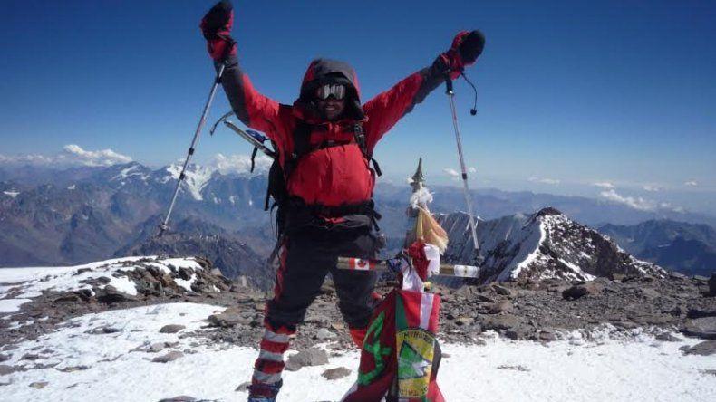 Saiz ya hizo cumbre en el Aconcagua y el año pasado encaró el proyecto Ojos del Salado. Ahora va por otro desafío en el monte más frío del planeta.