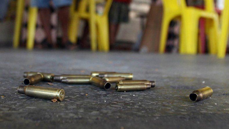 Dos jóvenes fueron baleados en  las piernas en distintos incidentes