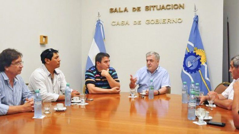 Los concejales primero se reunieron con Das Neves