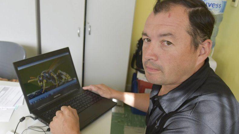 El supervisor de Medio Ambiente Germán Stoessel confirmó la presencia de chaquetas amarillas en Caleta Olivia.