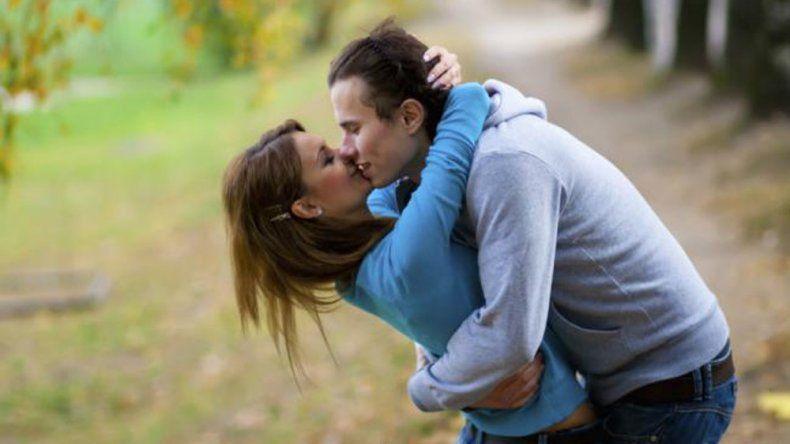 Hoy se celebra el Día Internacional del Beso