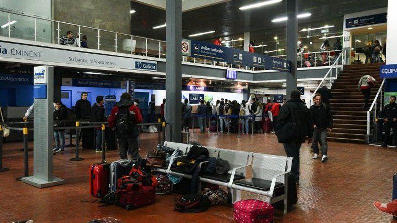 Paro nacional de ATE pone en riesgo vuelos en todo el país