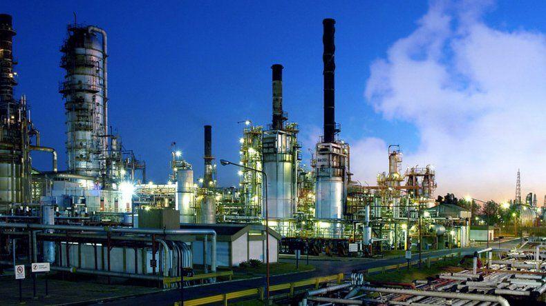 YPF recupera la planta de coque  en su refinería de La Plata
