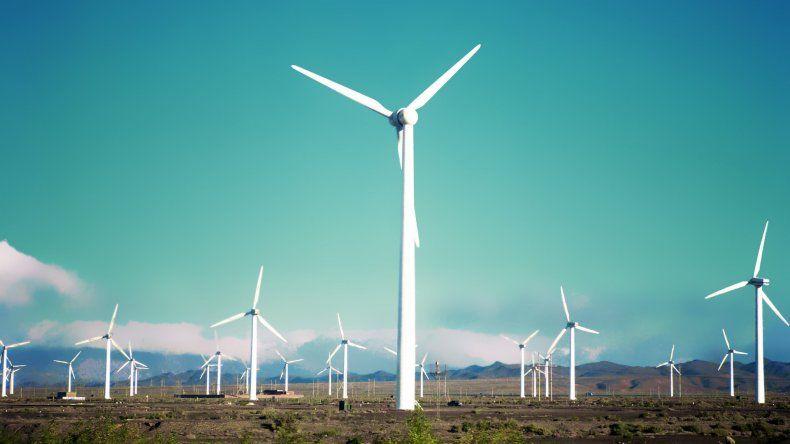 Los parques eólicos representan una de las principales fuentes de generación de energías renovables.