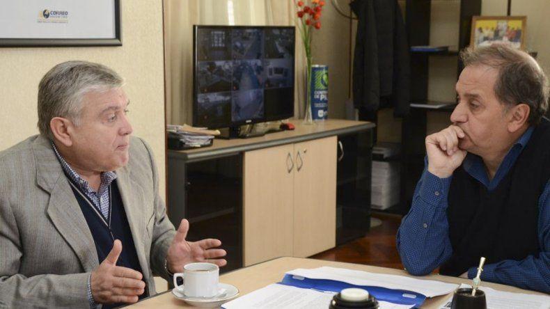 Carlos Linares y Mario Pais evaluaron proyectos que podrían convertirse en leyes.