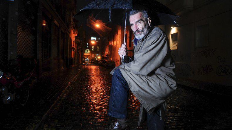 Alberto Montero presenta su primera novela Los incapaces.