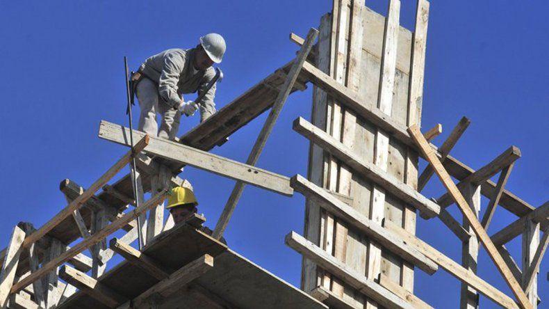 La construcción mermó su actividad pero se disparó el costo por metro cuadrado