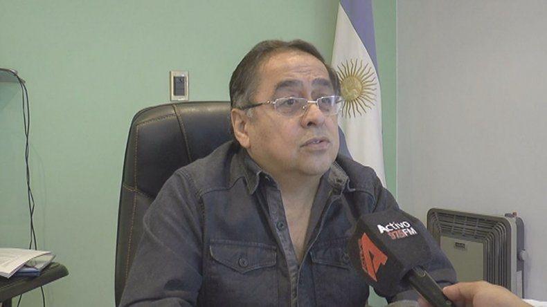 El intendente Omar Fernández (Cambiemos) fue director de la Subsecretaría de Medio Ambiente de la Provincia hasta que el ex gobernador Daniel Paralta lo dejó cesante. Luego se pasó a las filas del macrismo.
