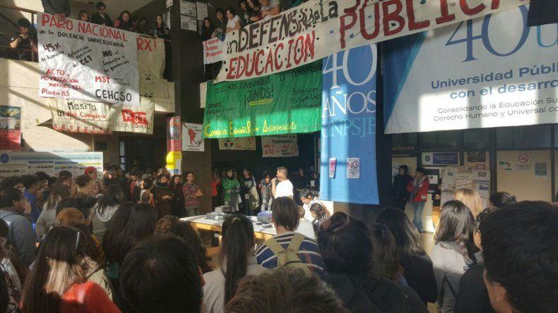 El lunes habrá una movilización en defensa de la Educación Pública