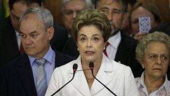 Dilma dijo que se trata de un golpe de Estado