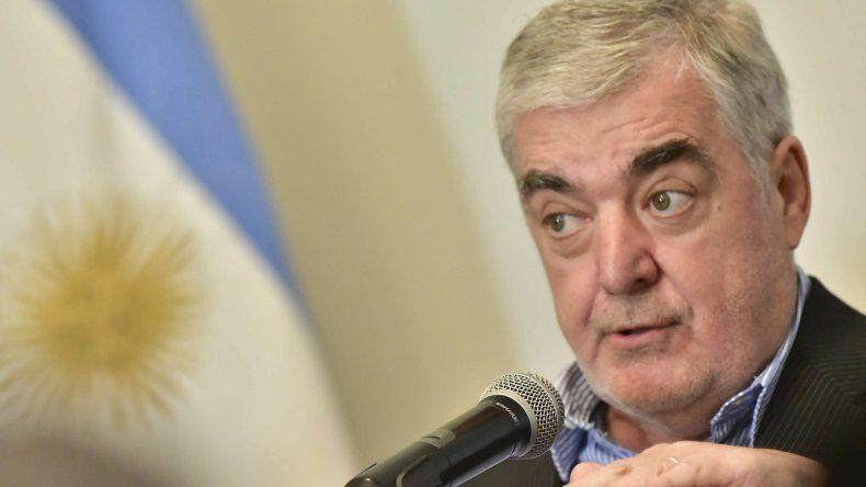 El gobernador Mario Das Neves informó ayer sobre las solicitudes que le hizo a la titular de Aerolíneas
