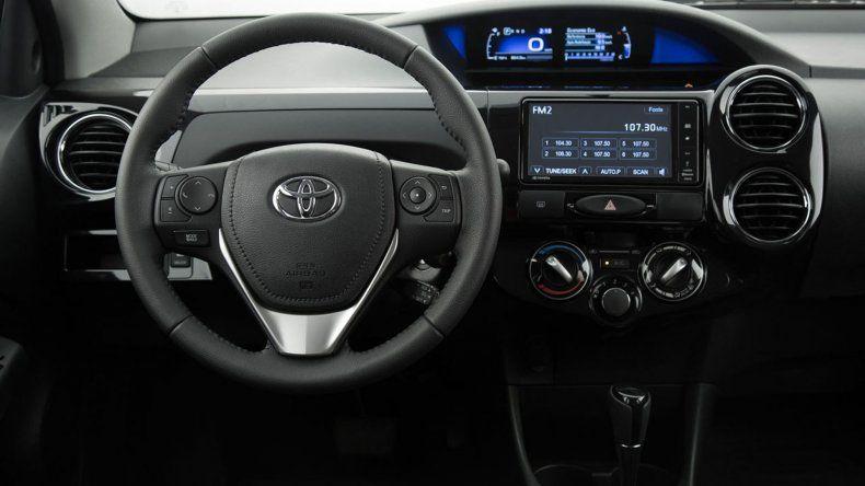 Toyota lanzó el renovado Etios en Argentina