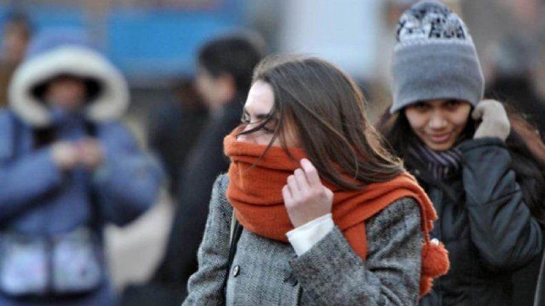 Viernes con sensación térmica bajo cero en la ciudad
