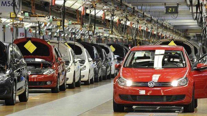 Se derrumba la producción de vehículos: casi un 20% en comparación con 2015