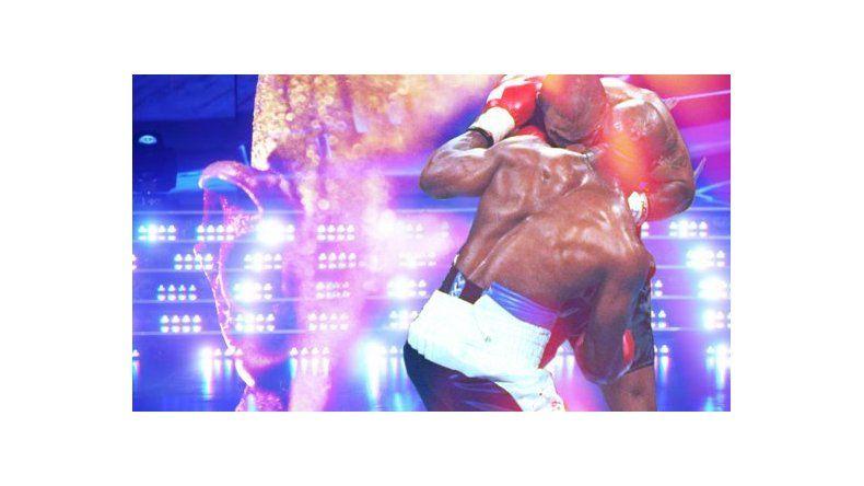 Evander Holyfield, el boxeador al que Tyson le mordió la oreja, confirmado para el Bailando