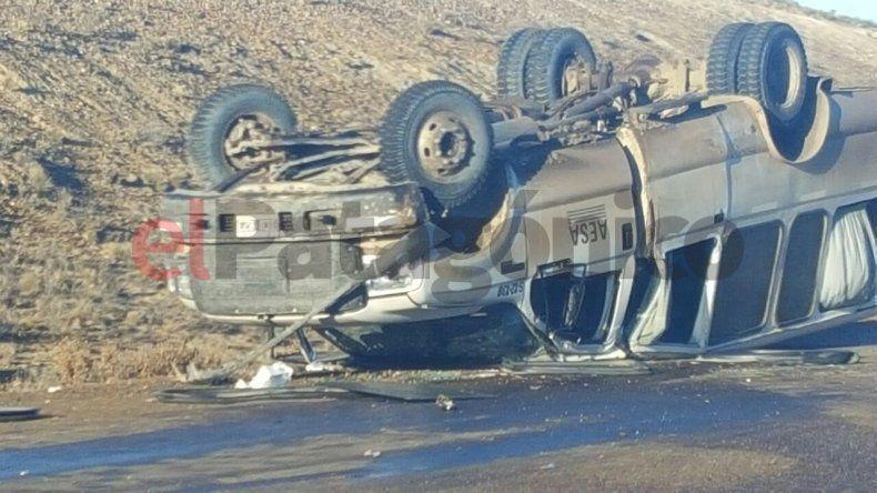 Murió un hombre tras un choque y vuelco a 15 Km de Caleta Olivia