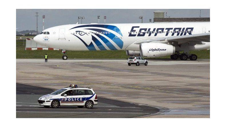 Encontraron restos del avión de EgyptAir
