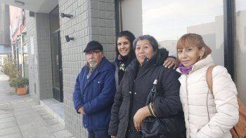 Ernesto Allende, Silvina Garrido, Rosa Pincol y Delia Montesino visitaron ayer El Patagónico para convocar a la 7ª carrera de las jornadas de Paz y Dignidad.