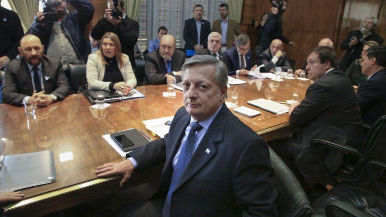Los gobernadores patagónicos le dijeron al ministro de Energía lo que pensaban y ya es seguro que el tarifazo no tendrá las siderales cifras que hoy figuran en las boletas.