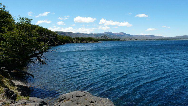 Reflotan el cierre del lago Fontana para regular la cuenca del Senguer