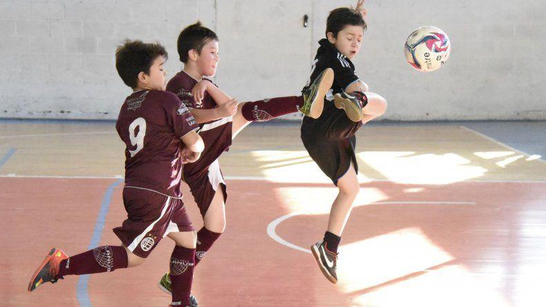 En la sede de la CAI se disputó una nueva jornada del torneo de futsal infantil oficial y hoy también habrá nutrida actividad.