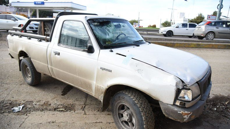 La Ford Ranger que fue sometida a peritaje.