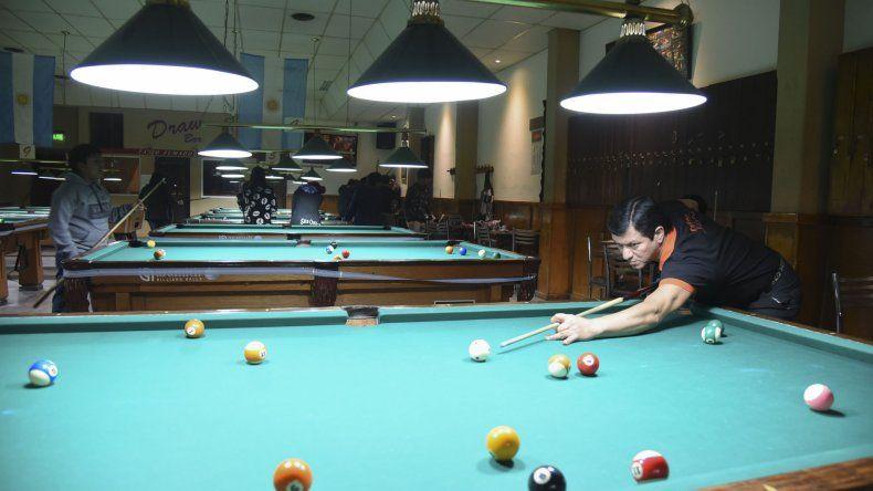 Quiñones es uno de los dos jugadores de la Patagonia que participarán en el Panamericano de Pool Bola 9