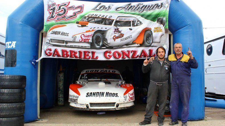 Gabriel Gonzalo junto a Raúl
