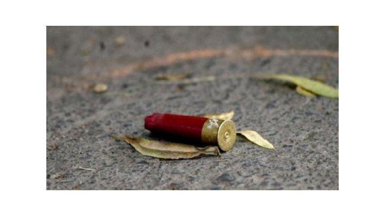 Uno de los sospechosos en el violento asalto de Km 5 estaba con condicional por homicidio
