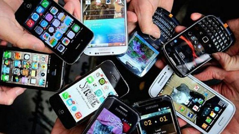 Otro golpe al bolsillo: suben los abonos para la telefonía celular