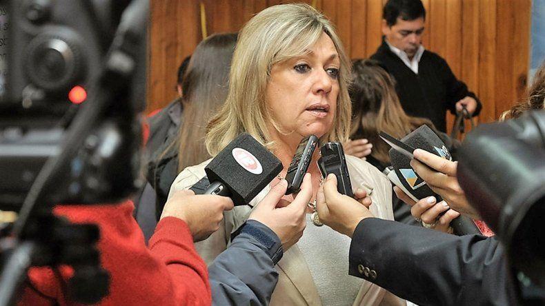 Artero pidió la renuncia de todo su gabinete político: por la crisis que vivimos hay que ajustar