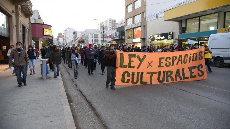 La manifestación de los artistas por la calle San Martín.