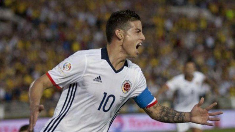 James Rodríguez volvería esta noche a ser titular en la formación colombiana.