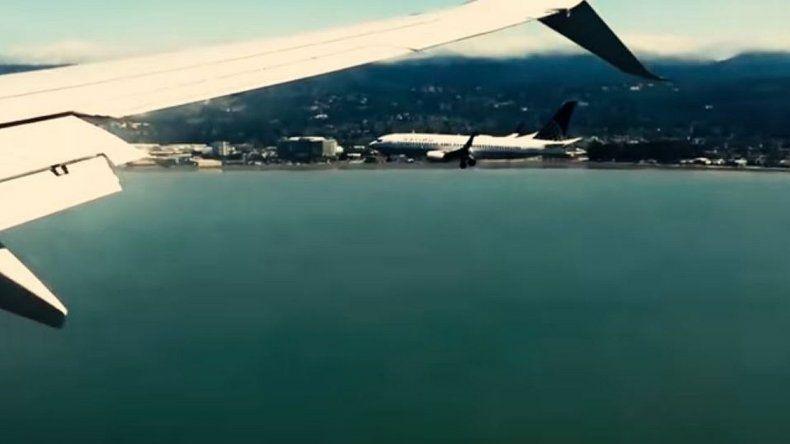 ¡Mirá cómo aterrizan dos aviones al mismo tiempo y en paralelo!