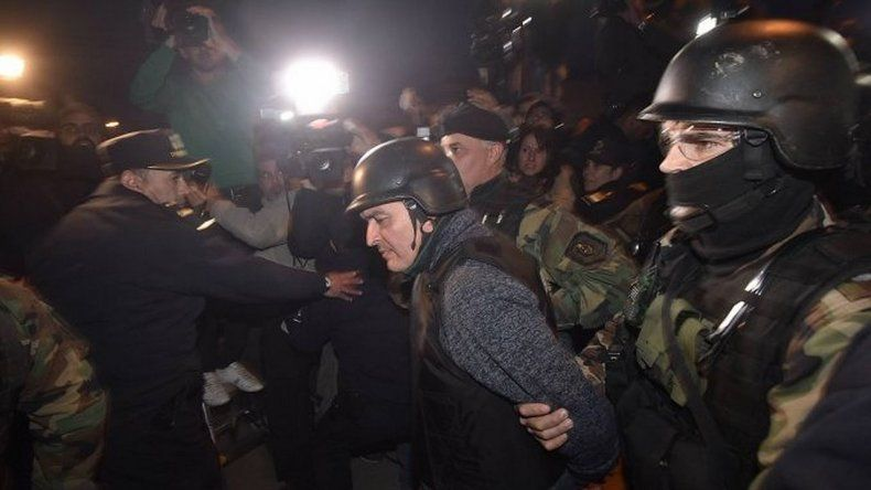 Ascenderán a los policías que rechazaron el soborno de López