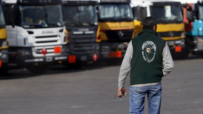 Camioneros rechazó una nueva oferta salarial y no descarta paro