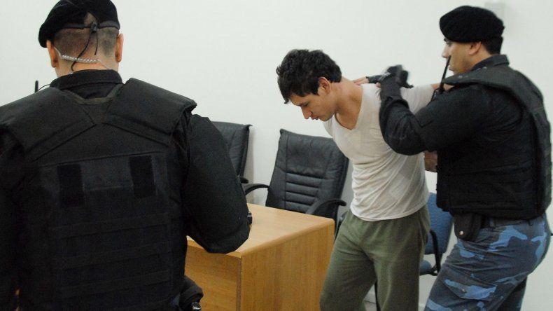 Jonathan Moreyra Cironi se encuentra condenado a prisión perpetua por el homicidio del policía Néstor Manquepán.