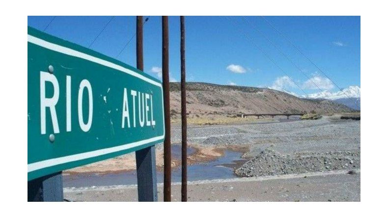 Furia en La Pampa por el daño que genera el desborde del río Atuel