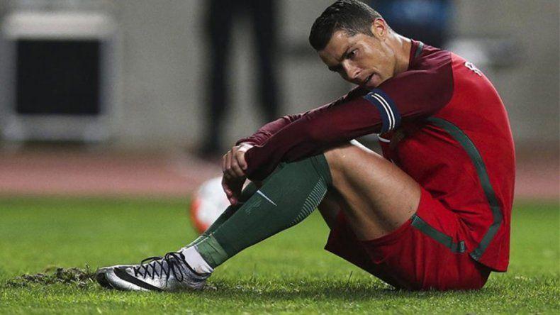 Toda la desilusión de Cristiano Ronaldo que ayer falló un penal clave en el partido que Portugal y Austria empataron sin goles.