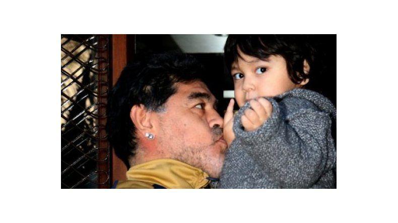 El reencuentro de Diego Maradona y Dieguito Fernando