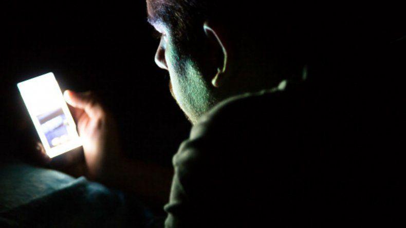 5 actitudes que indican si sos adicto al celular