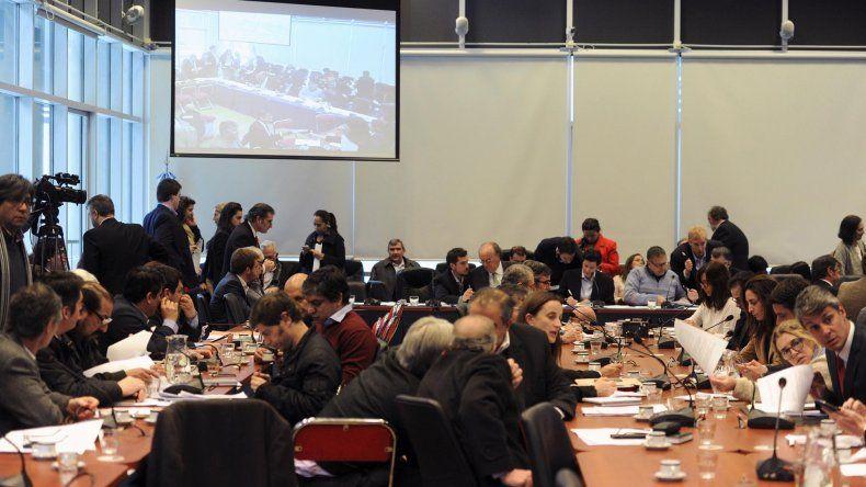 Diputados debatió en comisión el proyecto sobre autopartes.