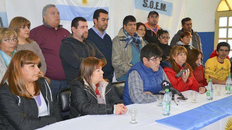 Rebelión de trabajadores municipales en Caleta, Deseado y Río Gallegos