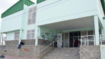 El acatamiento al paro docente fue dispar en las escuelas de Comodoro Rivadavia.
