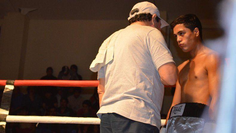 Mirá cómo fue la velada boxística en Comodoro