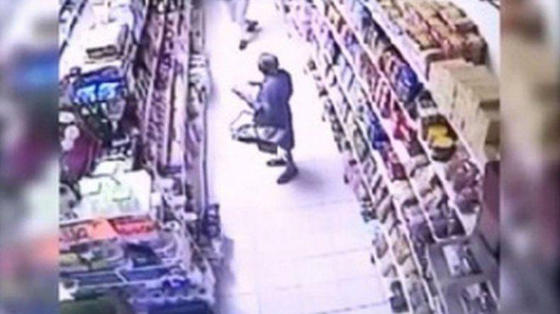 Una abuela de 87 años detenida por robar en un supermercado