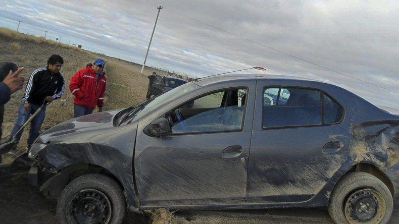 El Renault Logan en el que viajaba un matrimonio de Caleta Olivia