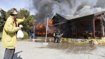 Luis Gramajo murió mientras combatía este incendio hace cuatro meses. Aún falta conocer el resultado de la pericia que establezca las circunstancias del deceso.