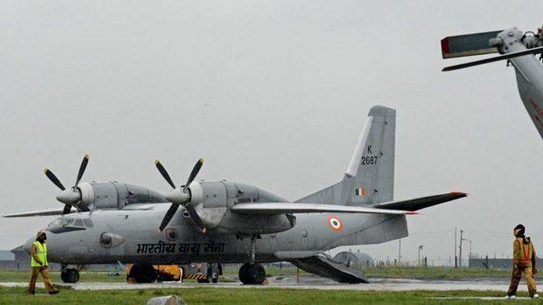 Desapareció un avión militar con 29 personas a bordo
